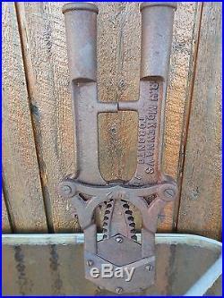 Vintage Cast Iron Wooden Handles Cattle Dehorner Tool Sign McKENNA 1907 TORONTO